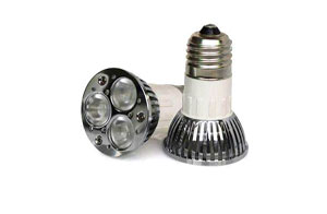LED spotlight E27
