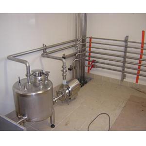Montage de ligne de production pour laiterie
