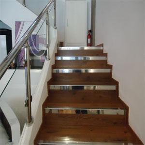 Rampe escalier en inox- bois