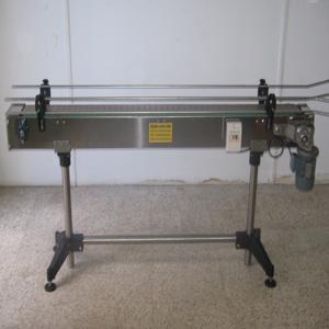 Convoyeur à chaîne horizontal en inox1