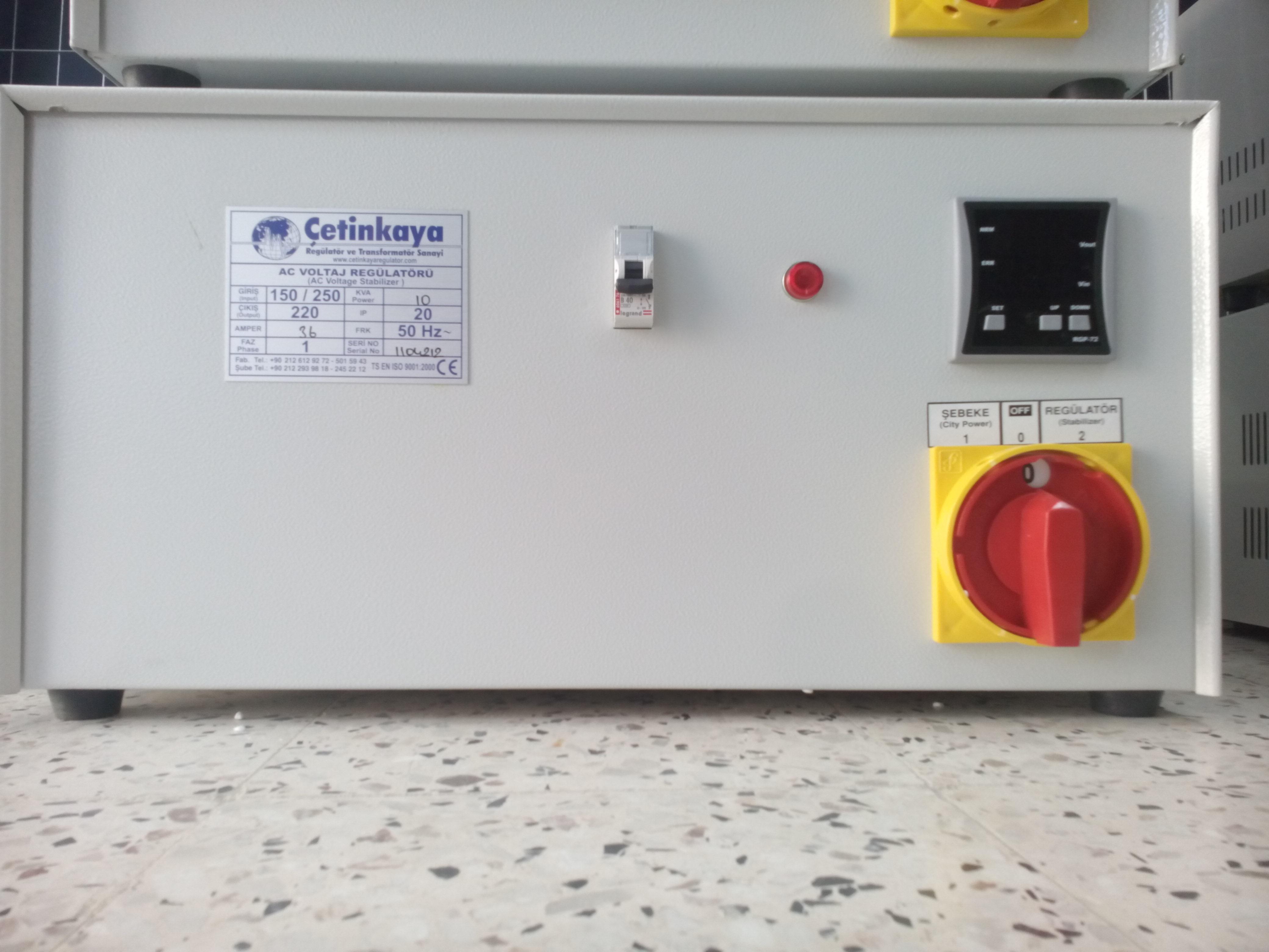 Stabilisateur de tension de 2000 Va 220 a 100 Kva 380