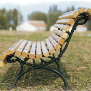 Chaises de jardin en bois