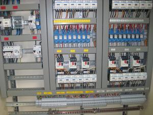Câblage d'armoire électrique