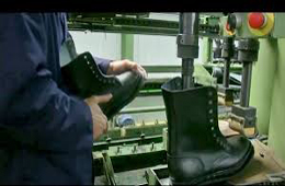 Production chaussures militaires