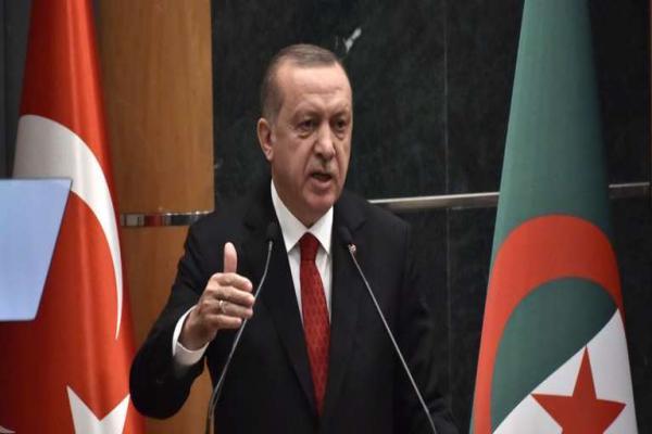 En visite en Alg&eacuterie, le pr&eacutesident turc appelle &agrave davantage d'&eacutechanges commerciaux