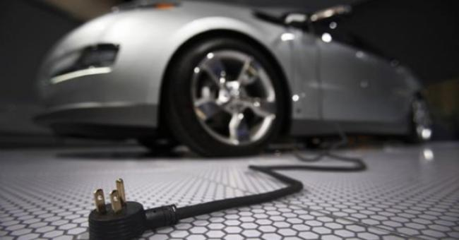 Industrie automobile : le gouvernement bouge-il finalement ?