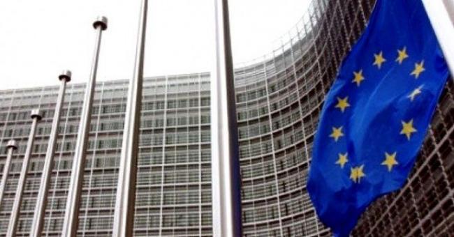 L'Alg&eacuterie est un &quotacteur-cl&eacute&quot au niveau r&eacutegional et international pour la s&eacutecurit&eacute (UE)