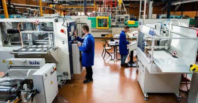 Moins de 75 des capacités utilisées par les entreprises industrielles , au 1er trimestre