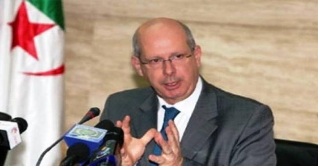 le Gouvernement algérien maintiendra la stratégie de modernisation du corps des Douanes