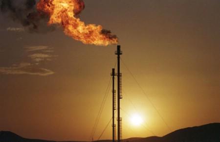Pétrole: Les investisseurs suivent attentivement ce qui se passe en Algérie