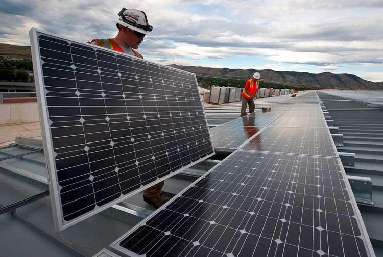 501 milliards $ ont été injectés dans la transition énergétique en 2020